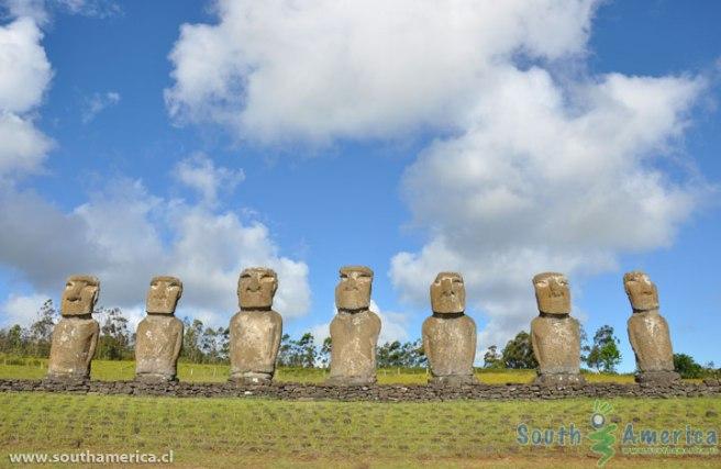 ahu-akivi-easter-island