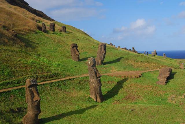 Easter island monolith maoi statue rapa nui 5